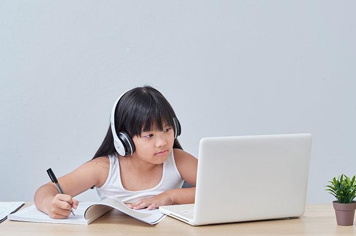 Perpanjangan Pembelajaran Untuk Anak Sekolah Saat Covid-19